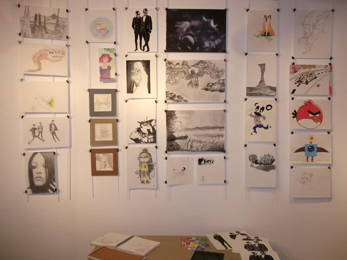 Expo travaux des élèves en dessin